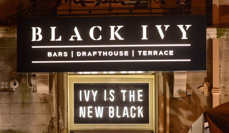 Black Ivy Neon